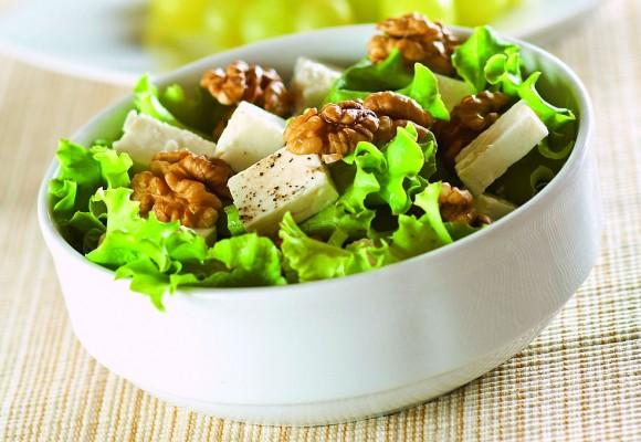 salata nuci