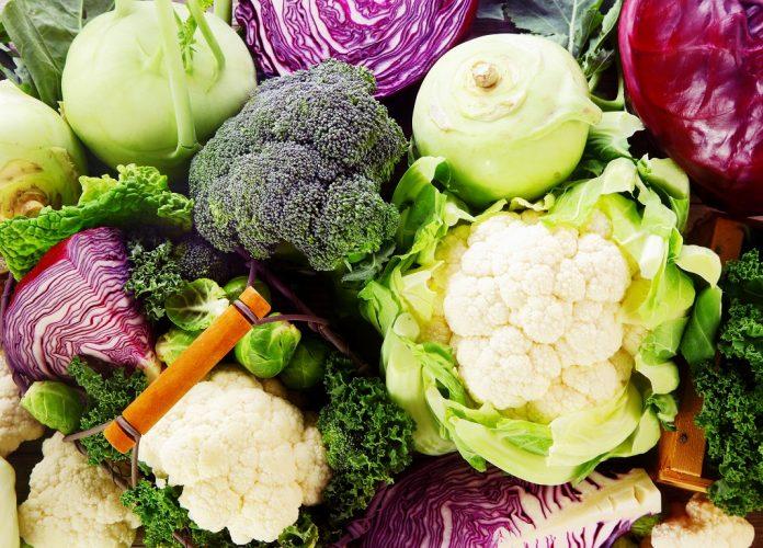 broccoli-si-alte-legume_49217550-696x500